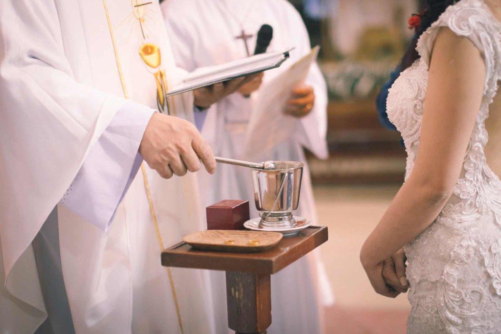 chụp cưới nhà thờ