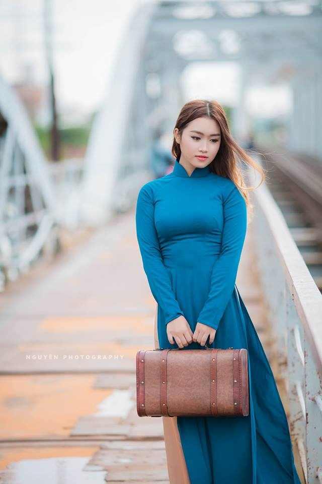 Cô gái Hà Nội