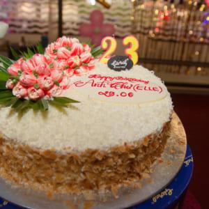 chụp hình sinh nhật Anh Thư nhà hàng Bến Thuyền
