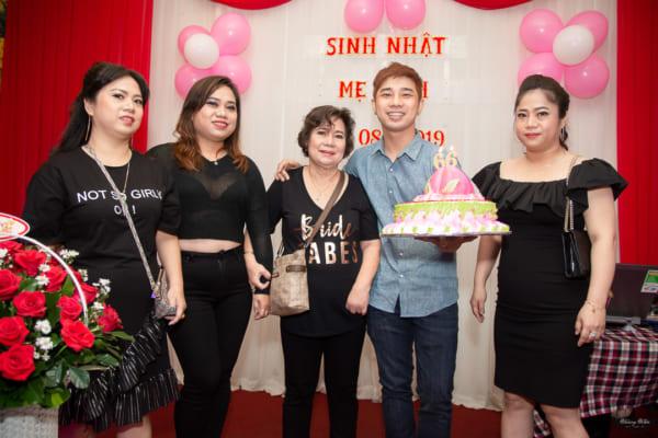 CHỤP HÌNH SINH NHẬT mẹ yêu – Sinh nhật lần 66 mẹ Linh | Nhà hàng Vọng Các, Q.8