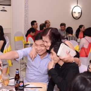 Chụp hình mừng thọ Cô Sáng | Nhà hàng Nam Bộ
