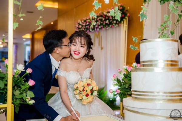 CHỤP HÌNH TIỆC CƯỚI – Tú Mạnh & Mỹ Linh | The Adora Nguyễn Kiệm