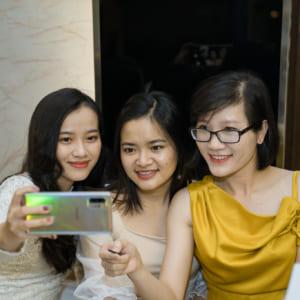 Thuê thợ chụp ảnh báo hỷ | Diệp & Vũ | Nhà hàng Luxury - Gò Vấp