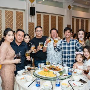 Chụp hình kỷ niệm 13 năm thành lập công ty Đại Phú Mỹ | Nhà hàng Sun Palace