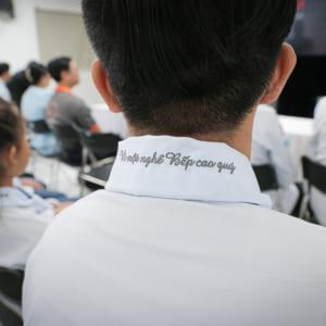 Dịch vụ chụp hình quảng cáo lễ Khai giảng - Tổng kết lớp học khóa học chuyên nghiệp