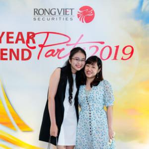 Dịch vụ chụp hình tiệc tất niên công ty Rồng Việt