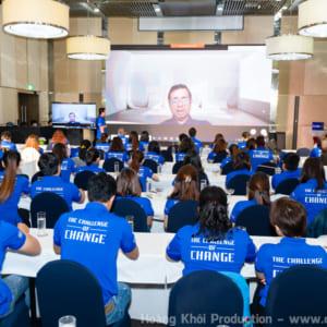 Chụp hình hội thảo công ty Beiersdorf tại Novotel Saigon Centre