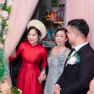 Chụp hình truyền thống lai phóng sự Lễ gia tiên đón dâu